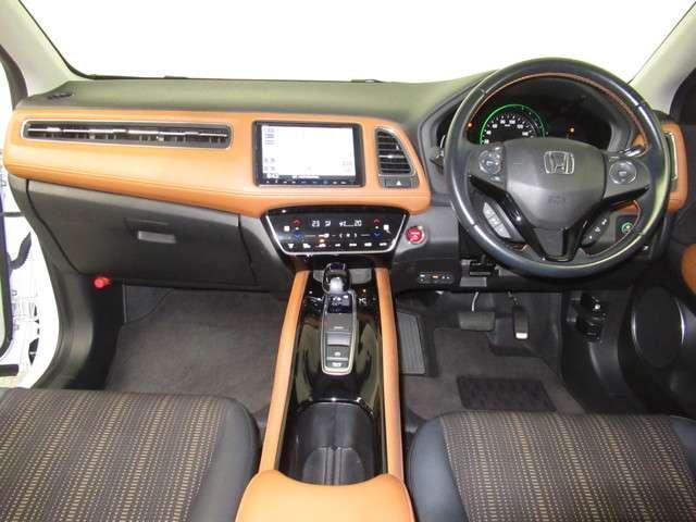 ハイブリッドZ・ホンダセンシング ナビ ドラレコ ミュージックラック Bluetoothオーディオ フルセグ インターナビ ドラレコ ETC パドルシフト LED オートライト シートヒータ ヒーテッドドアミラー 17インチアルミ(3枚目)