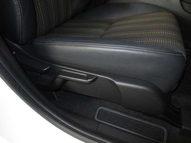 ハイブリッドZ・ホンダセンシング ナビ ドラレコ ミュージックラック Bluetoothオーディオ フルセグ インターナビ ドラレコ ETC パドルシフト LED オートライト シートヒータ ヒーテッドドアミラー 17インチアルミ(18枚目)