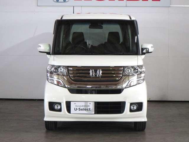 現在、ご覧の車両は当社車両置場にて保管しています(安全の為一般の方は入場出来ません)。ご連絡頂けましたら、最寄りのホンダカーズ京都の店舗まで配送致します。総額は京都市を基準に算出しています。