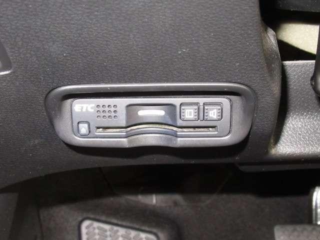 ハイブリッドX・ホンダセンシング ナビ Bluetoothオーディオ フルセグ インターナビ ドラレコ ETC パドルシフト チップアップシート LED オートライト プラズマクラスター付きオートエアコン スマートキー 電動格納ミラー(14枚目)