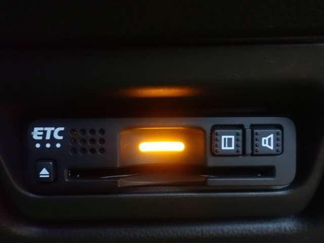 スパーダハイブリッド G ホンダセンシング 純正ナビ フルセグ Rカメラ ETC 両側自動ドア LED ETC メモリーナビ ナビTV バックカメ 地デジ 衝突軽減 キーレス 3列シート(6枚目)