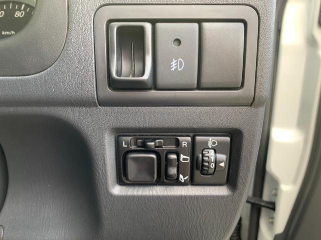 クロスアドベンチャー MT車 4WD バックカメラ 純正ナビ フルセグTV ETC キーレス シートヒーター 禁煙車(23枚目)