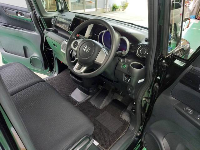 G SSブラックスタイルパッケージ バックカメラ 両側自動ドア ETC スマートキー2個 4WD シートヒーター(17枚目)