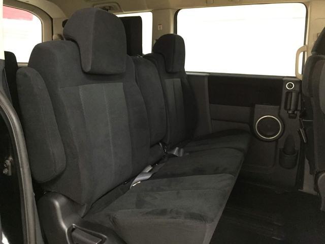 Gプレミアム 4WD ロックフォード メーカーツインナビ(12枚目)