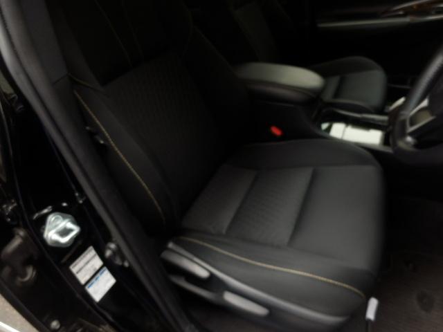 ★☆座席も当然、綺麗・清潔に仕上げております。内装の綺麗なお車は気持ちが良いですし、コンディションのいい車が多いです。前のユーザーが丁寧に使っていた証拠です。☆★
