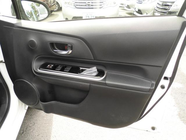 G 中期モデル SDナビTV音楽録音DVD再生Bluetooth スマートキー プッシュスタートシステム HIDヘッドライト クルーズコントロール Bカメラ リアスポイラー オートエアコン 純正アルミ(44枚目)
