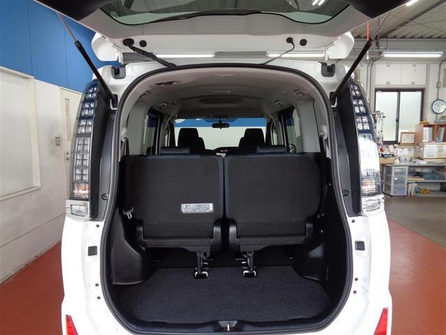 ZS フルセグ メモリーナビ DVD再生 ミュージックプレイヤー接続可 バックカメラ ETC 両側電動スライド LEDヘッドランプ ウオークスルー 乗車定員7人 3列シート ワンオーナー フルエアロ(8枚目)