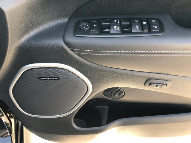 クライスラー・ジープ クライスラージープ グランドチェロキー SRT8 6.4LHEMI 禁煙車 ワンオーナー サンルーフ