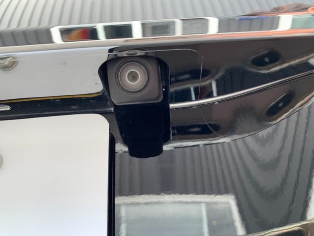 バックカメラはもちろん装備!車庫入れもこれで安心です