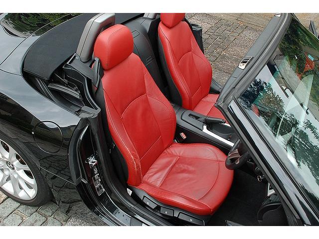 BMW BMW Z4 ロードスター2.5i