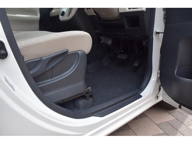 X SAIII スマートアシストIII/届出済未使用車/ヘッドライトレベライザー/オートハイビーム/リアプライバシーガラス/電格ミラー/チルトステアリング/プッシュスタート/スマートキー/ベンチシート(21枚目)