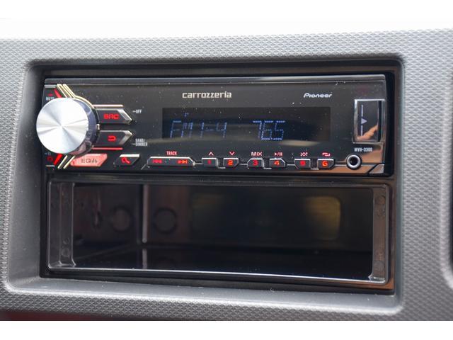 ベースグレード 5速MT車 HKSマフラー HKSエアクリーナー ブースト計 レカロシート カロッツェリアオーディオ HIDヘッドライト オートライト 純正15インチアルミ プッシュスタート スマートキー(21枚目)