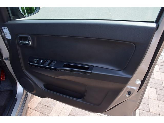 ベースグレード 5速MT車 HKSマフラー HKSエアクリーナー ブースト計 レカロシート カロッツェリアオーディオ HIDヘッドライト オートライト 純正15インチアルミ プッシュスタート スマートキー(50枚目)