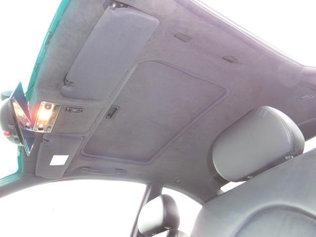 運転席はレカロシート。(シートレール込みで¥137160) ノーマルシートありますので戻すことも可能です