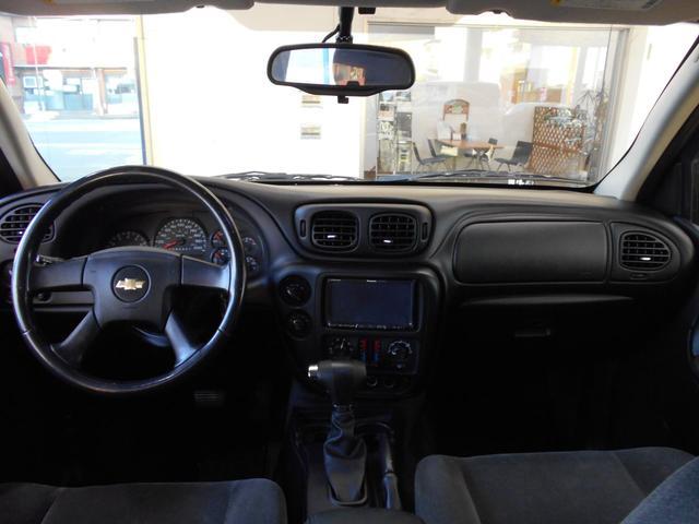 シボレー シボレー トレイルブレイザー LT 4WD HDDナビ 外22インチAW イカリングヘッド