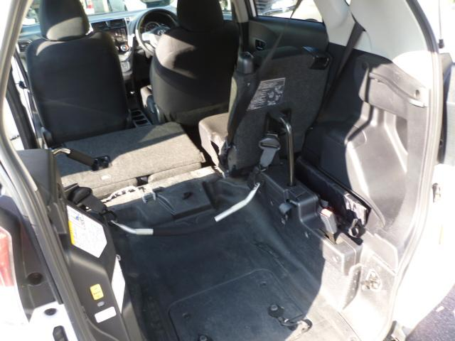 X 車いす仕様 スロープタイプ タイプ1 助手席側リアシート(9枚目)