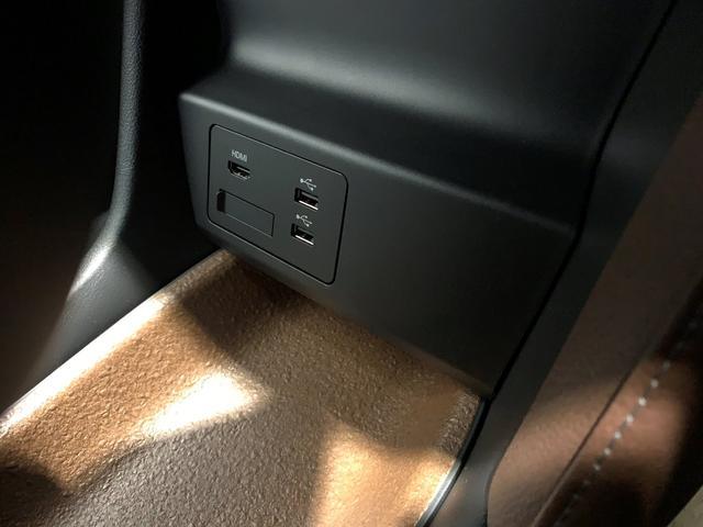 登録済み未使用 修復なし インダストリアルクラシックパッケージ スリートーン BOSE12スピーカー 安全装置 バックモニター 8.8インチディスプレー CarPlay/AndroidAuto(20枚目)