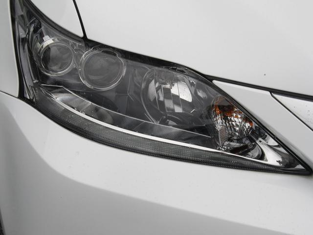 暗い夜道を明るく照らしてくれるLEDヘッドライト!夜道での安全な走行をサポートしてくれます!