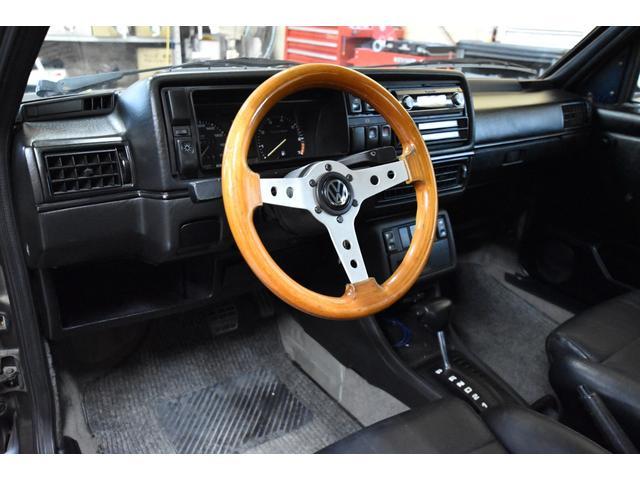 左ハンドル レザーシート ディーラー車 車高調 全塗装(11枚目)