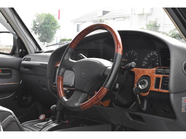 VXリミテッド 4WD 角目4灯 全塗装済 2インチアップ ランチョダンパー 1ナンバー登録 センターデフロック ギブソンマフラー 16アルミ フルセグTV Bluetooth Audio(3枚目)