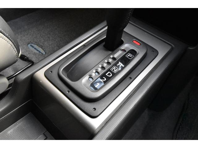 Xt 4WD ワンオーナー キーレス HID HDDナビ フルセグTV Bluetoothオーディオ(25枚目)