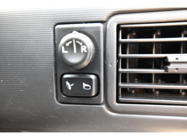 Xt 4WD ワンオーナー キーレス HID HDDナビ フルセグTV Bluetoothオーディオ(28枚目)