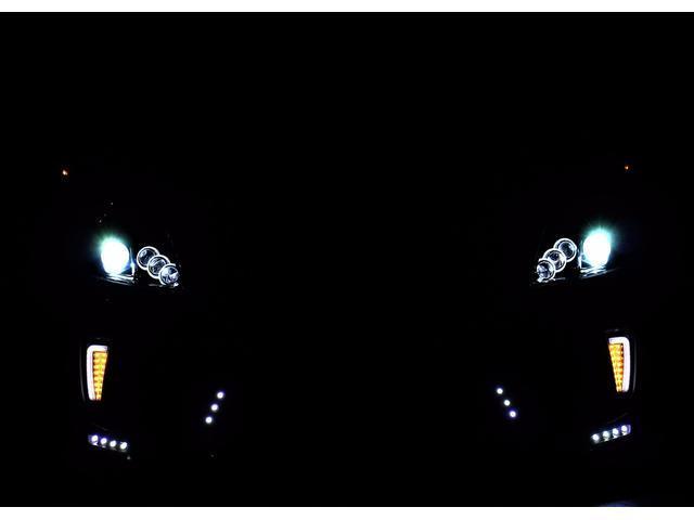 トヨタ プリウス 後期フルカスタム 内装ホワイト イカリング車高調19AW