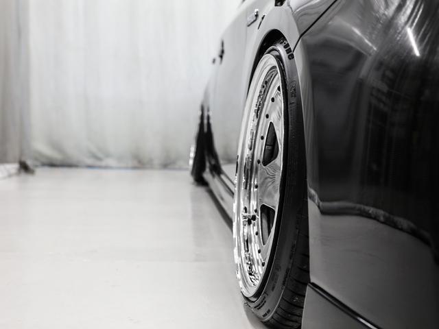 S サンルーフ/アルパイン9インチナビ/USカスタム/スタンス/スムージング/USヘッド/フルタップ車高調/キャンバー/シートカバー/ブラックインパネ/コンケーブメッキホイール/ツライチ/アウトリップ(73枚目)