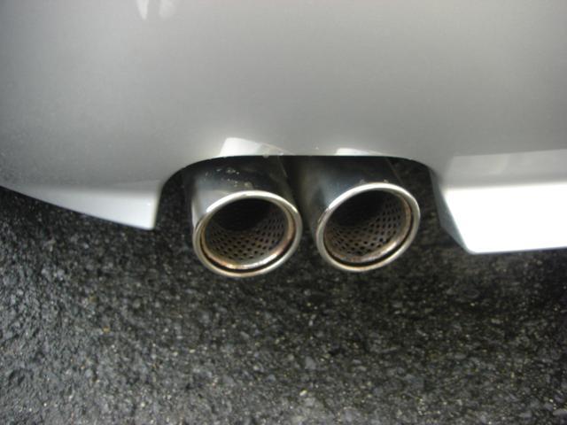BMW BMW Z4 3.0iマフラー 19アルミ ブラックレザーパワーシート