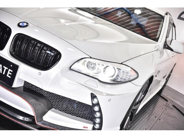 BMW BMW 523iツーリング エナジーエアロ 赤レザー 4本マフラー