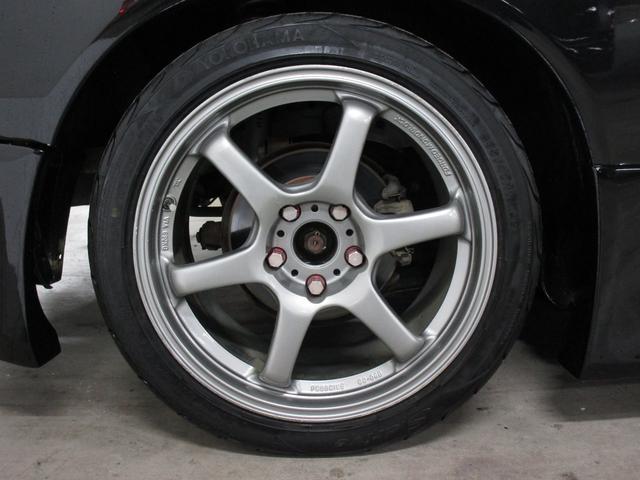 スペックR Vパッケージ エアロ ニスモ車高調・マフラー(12枚目)