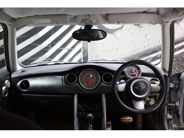 「MINI」「MINI」「コンパクトカー」「兵庫県」の中古車15