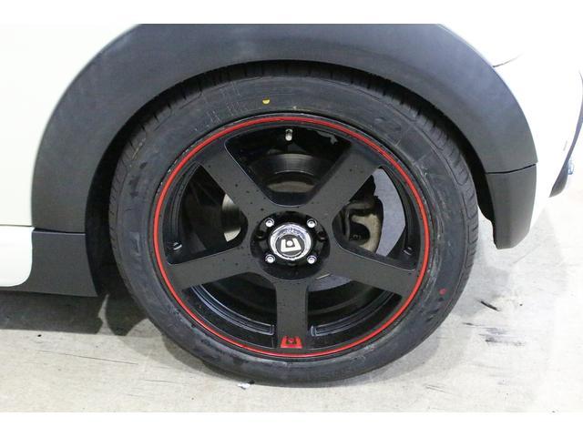 MOTEGI MR116 17インチアルミホイール装着しています。タイヤサイズは215/45/17です。