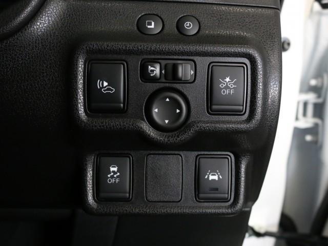 e-パワーニスモ 純正ナビゲーション スマートルームミラー LEDヘッド エマージェンシーブレーキ インテリジェントキー アラウンドヴューモニター 踏み間違い防止 コーナーセンサー(9枚目)