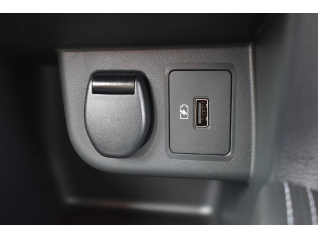 X ツートーンインテリアエディション 登録済未使用車 アラウンドビューモニター インテリルームミラー プロパイロット SOSコール LEDヘッド シートヒーター ハンドルヒーター エマブレ コーナーセンサー 踏み間違い防止 インテリキー(13枚目)