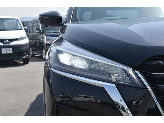 X ツートーンインテリアエディション 登録済未使用車 アラウンドビューモニター インテリルームミラー プロパイロット SOSコール LEDヘッド シートヒーター ハンドルヒーター エマブレ コーナーセンサー 踏み間違い防止 インテリキー(17枚目)