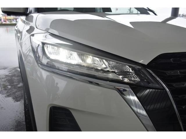 X 登録済未使用車 アラウンドビューモニター インテリルームミラー プロパイロット SOSコール LEDヘッド エマブレ コーナーセンサー 踏み間違い防止 インテリキー(18枚目)