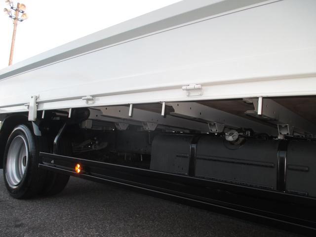 日野 デュトロ 2トン積み ワイドロング平ボディ 全低床