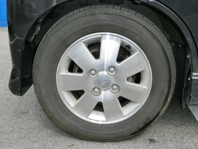 純正アルミ付きです。新品タイヤ交換も承ります。