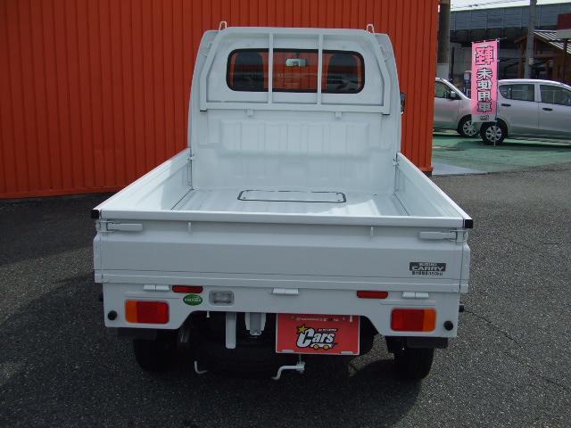 新型になって、室内が広くなり力強い走りをしてくれる一台!キャリィトラックのホワイト色が入庫致しました!!