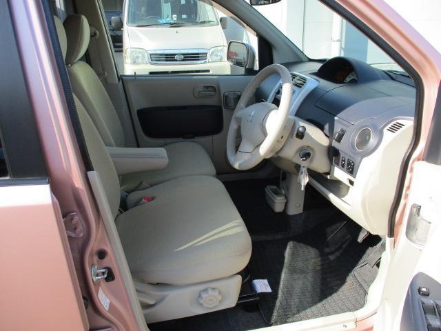 三菱 eKワゴン M CDオーディオ付き