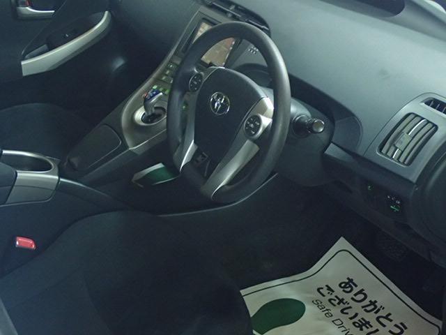 トヨタ プリウス 30 新品エアロ 新品ホイール 新品タイヤ フルカスタムカー