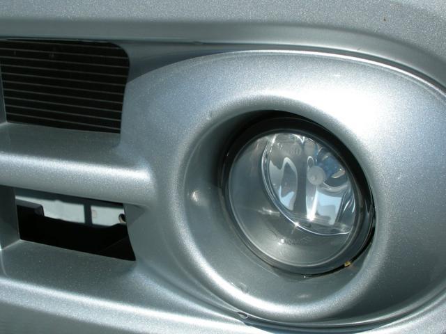15X Vセレクション ナビ Bカメラ TV ETC HIDライト インテリキー 革巻きステアリングホイール ワンオーナー車(9枚目)