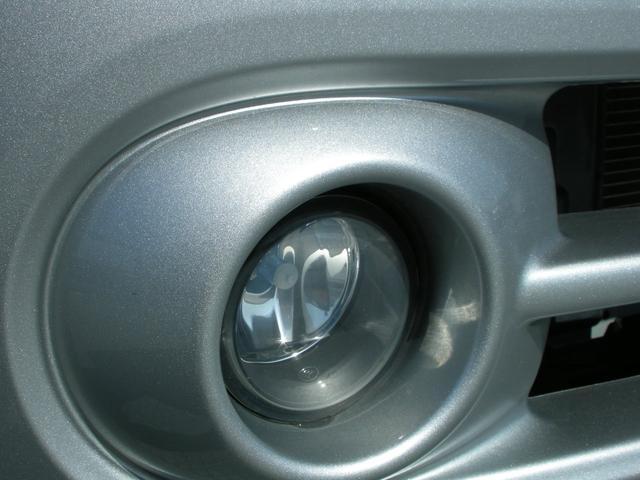 15X Vセレクション ナビ Bカメラ TV ETC HIDライト インテリキー 革巻きステアリングホイール ワンオーナー車(10枚目)