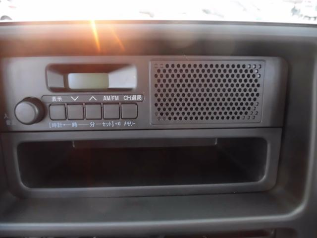 届出済未使用車 純正ラジオ 荷室ランプ 水平格納式リアシート(19枚目)