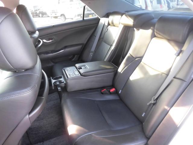 トヨタ クラウンハイブリッド 3.5HV 前席エアーシート 全席パワーシート 衝突防止機能