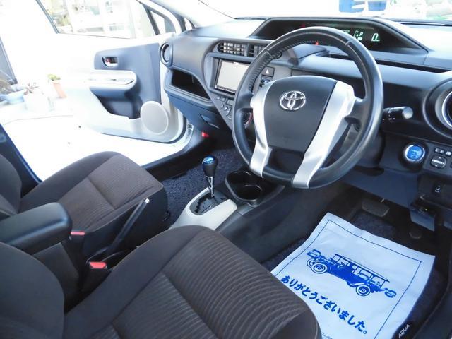 トヨタ アクア G SDナビ・フルセグ ETC LED オートライト