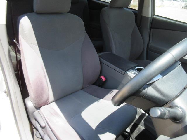 トヨタ プリウスアルファ S メモリーナビ