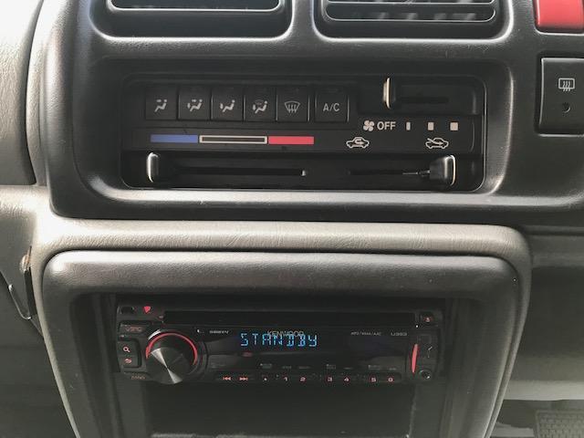 ベースグレード  禁煙車 4WD  ETC  キーレス(17枚目)