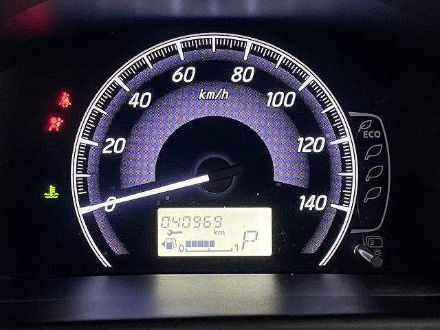 J 純正オーディオ CD ETC  キーレス   電動格納式ミラー シートリフター サイドバイザー フロアマット 純正ホイルキャップ  ベンチシート Wエアバッグ ABS 軽自動車(16枚目)